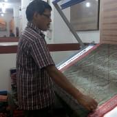 Boyanika, Bhubaneswar, Odisha. Qulaity Check – Weave