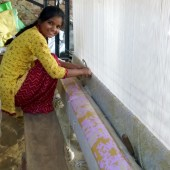 Jaipur Rugs – college girl knotting a rug, Achrol, Amber, Rajasthan